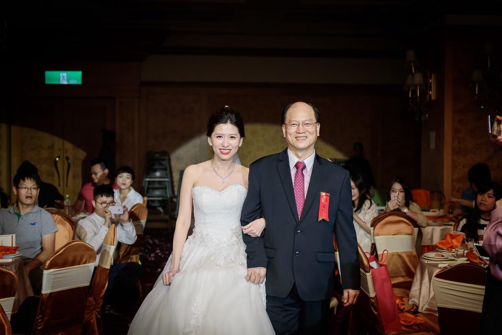 Wedding day-0062 ,僑園婚攝,台中僑園,僑園婚宴,新秘Alice ,婚攝小勇,台北婚攝, 小淑造型團隊