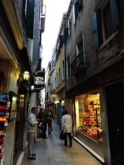 Calle della Mandola, Venice