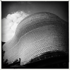 Selfridges, Birmingham (firstnameunknown) Tags: iphoneography hipstamatic blackwhite monochrome birmingham selfridges building bullring departmentstore modern architecture blobitecture futuresystems sky clouds
