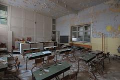 School's Out (Marian Smeets) Tags: schoolsout school urbex urbexexploring abandoned vervallen verlaten decay belgium belgie mariansmeets nikond750 2016 classroom klaslokaal