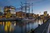 Loth Lorien - Explored (rahe.johannes) Tags: segelschiff hamburg hafen hafencity blauestunde architektur spiegelung morgens stadt