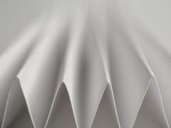 Just White Paper - Macro Mondays (Luana 0201) Tags: justwhitepaper macromondays folded rays