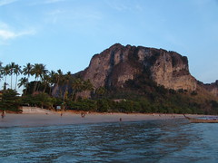 4 Islands 192 (mart.panzer) Tags: ao nang krabi poda tab island thailand sunset sunrise sonnenaufgang sonnenuntergang best mostbeautiful beach impressions photos gerhardpanzer pictures highlights nature vacation holiday people mustsee top sea bestofisland coast awesome