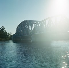 U.S. Highway 17 Bridge (www.yashicasailorboy.com) Tags: florida georgia river bridge yashicamat fujicolor pro400h film 6x6cm mediumformat 120