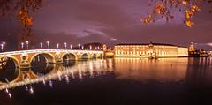 Toulouse, 20 décembre. (PierreG_09) Tags: toulouse hautegaronne midipyrénées occitanie ville lumière illuminations noël hôteldieu dôme lagrave garonne fleuve coursdeau