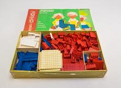 Formo Bausteinkasten (DDR Museum) Tags: ddr musem berlin kinder spielzeug baukasten lego