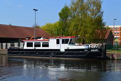 Wiesel (ENI 05040780) (Parchimer) Tags: schubboot pushboat towboat pousseur pchacz duwboot spintore empurradorfluvial binnenschiff tolómotorhajó pushertug elde parchim wsa