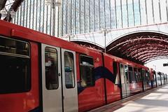 train spotting (Artee62) Tags: city uk england canon eos cityscape east 7d canarywharf mkii