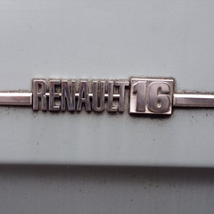 Renault 16 #chromeography #type #typography (joostmarcellis) Tags: square typography denhaag squareformat type typo typografie grafischontwerp chromeography iphoneography joostmarcellis marcelvandenberg instagramapp uploaded:by=instagram
