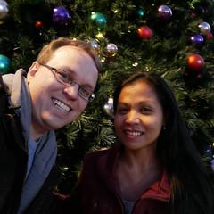 20161210_172620_21_rdl.jpg (radialmonster) Tags: christmastree me sheila triangetowncenter radialmonster raleigh northcarolina unitedstates us