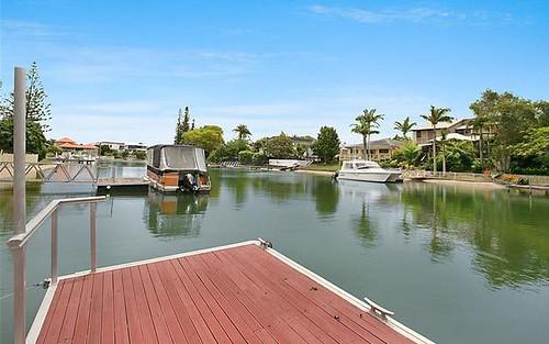 5 Sara Avenue, Broadbeach Waters QLD 4218