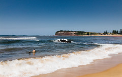 (VirtualWolf) Tags: appleiphone7 australia beach collaroy collaroybeach equipment landscapes newsouthwales ocean places sydney things water waves