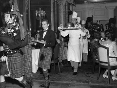 Our American Style Burns Night starts tomorrow and runs till Sunday. Haggis Neeps and Tattie sliders with a Pint of Tennents, all for £9. Catch the haggis before it runs away 🗻🗻 #Burnsnight #robbieburns #robbieburnsday #edinburgh #sc (The City Cafe Edinburgh) Tags: instagram city cafe edinburgh food diner eating bar drinking scotland citycafe