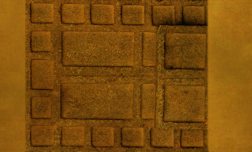 "Umbrales- Lejanos inicios en el paleolítico y versiones subsecuentes • <a style=""font-size:0.8em;"" href=""http://www.flickr.com/photos/30735181@N00/31709882563/"" target=""_blank"">View on Flickr</a>"