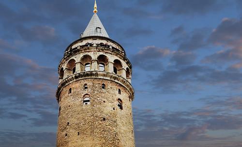 "Torres legendarias / Faros, minaretes, campanarios, rascacielos • <a style=""font-size:0.8em;"" href=""http://www.flickr.com/photos/30735181@N00/31722252633/"" target=""_blank"">View on Flickr</a>"
