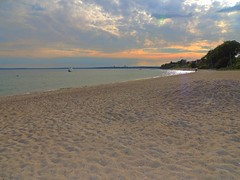 Ostsee bei Pelzerhaken Kurzentrum (Sophia-Fatima) Tags: ocean mer beach strand deutschland meer balticsea ostsee schleswigholstein ostholstein pelzerhaken