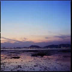 000001580003 (flashboy@flickr) Tags: sunset 120 6x6 film analog square fuji hasselblad velvia 100 80  distagon 500cm
