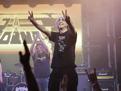 Peace Away - VoiVod live in Budapest (un2112) Tags: voivod metal rock music musician musicians people humans canadian heavymetal progressiverock gig concert live budapest barbanegra november gx80 drummer