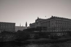 Stockholm in black and white (Yvonne L Sweden) Tags: december sweden stockholm riksdagen sverigesriksdag blackandwhite 3662016 architecture