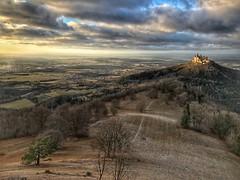 Burg Hohenzollern (Blende2,8) Tags: wolken himmel landschaft wiesen bäume wald zellerhorn burghohenzollern burg