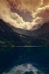 Hole in the sky (Grzesiek.) Tags: tatra tatramountain góry tatry morskieoko holeinthesky sky niebo chmury