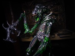 Mantis Alien (ridureyu1) Tags: mantisalien kenner alien aliens xenomorph giger neca necaaliens toy toys actionfigure toyphotography sonycybershotsonycybershotdscw690