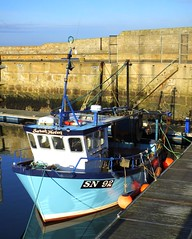 Sarah Helen (calzer) Tags: shields north 92 sn girls names harbour hs50 fuji sunny january afternoon sunday lossiemouth boat fishing helen sarah
