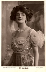 Lily Elsie (ART NAHPRO) Tags: vintage photo elsie merrywidow edwardian beautiful lilyelsie postcard lily