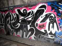 alcoves are our friends (Claudine) Tags: sanfrancisco njudah graffiti tunnels muni characters sunsettunnel tunnel