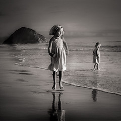 sea children (Sara Heinrichs (awfulsara)) Tags: ocean california sea bw beach children moody morrobay topf900 utataviewerschoice