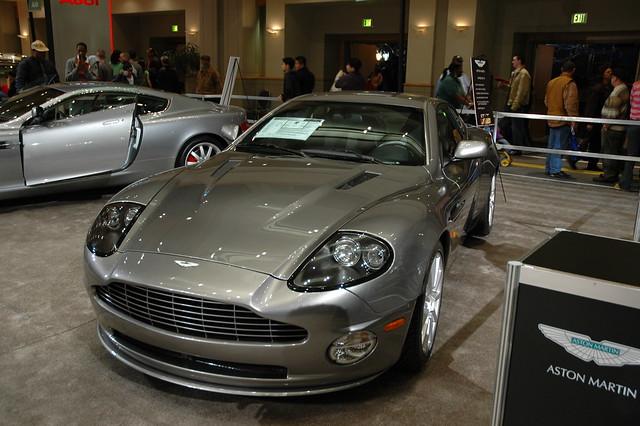 philadelphia car automobile autoshow astonmartin v12vanquish