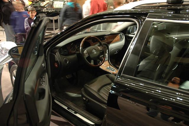 2005 philadelphia car automobile autoshow jaguar xtype