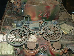 Model of an old bike. (Elsie esq.) Tags: bicycle soldier army war military guns worldwar2