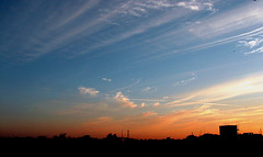 Besant nagar Clouds (Pandiyan) Tags: blue light sunset sky orange cloud colour