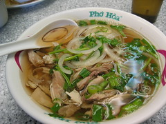 Saturday Lunch (*snapdragon) Tags: pho soup lunch chicago 2005 bowl food foodporn chicken noodles