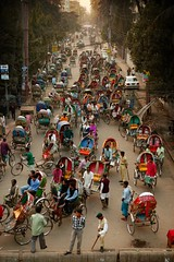 rickshaw traffic jam (phitar) Tags: travel 2004 topf25 wow topf50 asia chaos traffic crowd dhaka rickshaw bangladesh phitar