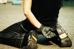 Well-worn rocker (Lil [Kristen Elsby]) Tags: man leather japan japanese tokyo asia dof streetphotography dancer rocker harajuku worn rockabilly  rocknroll topv11111 topf150 yoyogipark eastasia tokyorockabillyclub yoyogikoen    itsonginvite citiespulsingwhumandiversity japaneserockabilly