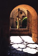 Monasterio de Santes Creus - Tarragona (capitan-patata) Tags: espaa topv111 1025fav spain europe eps1 eps2 monastery eps3 eps4 catalua tarragona concursoigreja eps5 eps6 eps7 espaayportugalseleccion josemanuelholguin