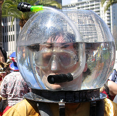 stupid snorkler? (fotogail) Tags: sanfrancisco california people urban water face circle fun drops funny humor protest diving parade stupid parody diver dada waterdrops stoopid snorkle aprilfools fotogail aprilfool aprilfoolsday ststupidsday ststupid saintstupid 412005 marquecornblatt top2005 quasihumorous saintstupidsdayparade2005 your300pre2006favesthanks