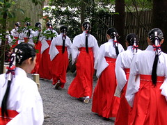 Shinto-tastic (jasohill) Tags: 2005 red japan 1025fav hair japanese uniform best backgrounds  ponytail prefecture shinto a70 ise canona70 mie shiho redskirt  japantimes precession views2000  preistest