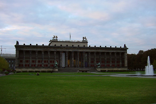 Altes Museum Berlin von Omar Omar © Flickr