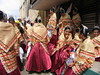 sinulog 2006 - mga gowapa! (adlaw) Tags: girls festival colorful dancers philippines smiles cebu resting cebucity beauties sinulog stonino sinulog2006 cebusugbo