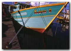 Lara-R (Z Lobato) Tags: brasil riodejaneiro niteri pesqueiro zrobertolobato traineira zlobato portugalpequeno traditionalwoodenboats