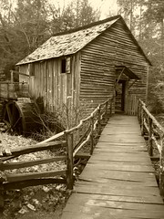 sepia_mill (arwriterphotog) Tags: sepia wow interestingness tennessee gatlinburg mills greatsmokeymountains helluva gristmills calendarshots i500 arwriterphotog topf252549faves weeklyvip abigfave