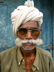Kochrab Mo' (Meanest Indian) Tags: people india men moustache turban gujarat ahmedabad theface
