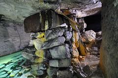 Cuve et concrtions (flallier) Tags: carrire souterraine calcaire underground limestone quarry eau water cuve champignonnire concrtions calcite