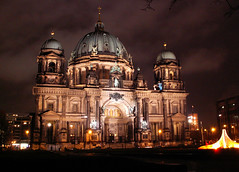 Berliner Cathedral at night