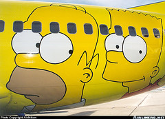 Avion de los Simpsons 2 (orzalaga) Tags: avion aviones aeropuerto pista jet jumbo boing 747 737 727 lossimpsons simpsons bart homero