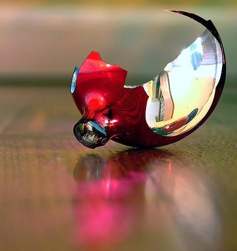 شکست ، شیشه جام جمالت by hami_maa.