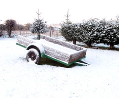 "trailer in snow • <a style=""font-size:0.8em;"" href=""https://www.flickr.com/photos/87605699@N00/78623969/"" target=""_blank"">View on Flickr</a>"